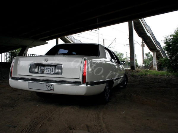 The car from which killed Tupac sold for $ 2 million in Moscow in 2013 year.